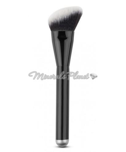 Кисть Pro Angled brush скошенная